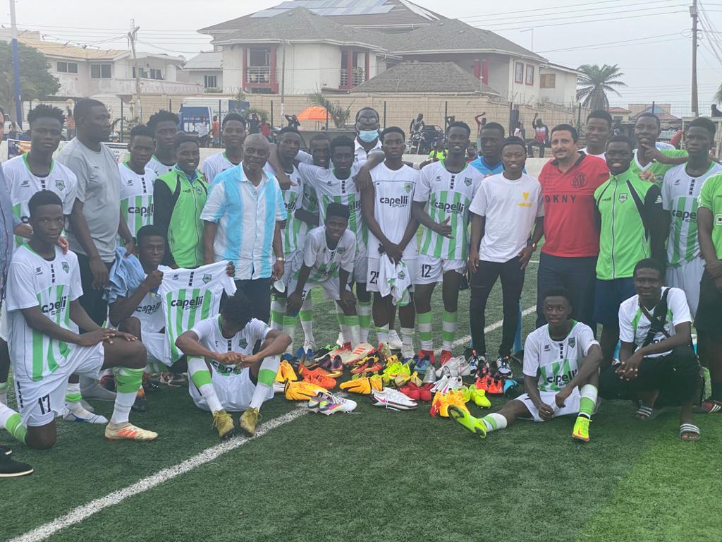 Clifford Aboagye donates to Cedar Stars